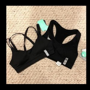 NWT bundle of 2 forever 21 sz small Blk sport bras